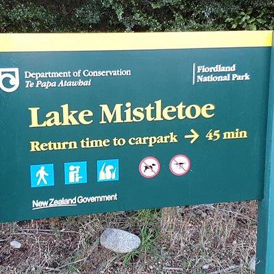Lake Mistletoe