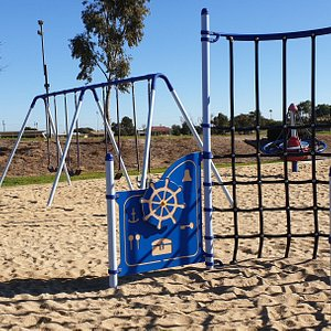 Edithburgh Playground  SA  stern of the boat