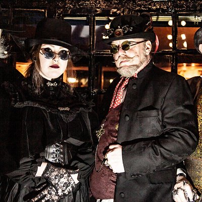 Our intrepid band of ghost guides.