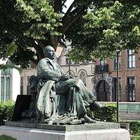 Willem Elsschot Skulptur Denkmal pomnik socha Antwerpen Belgien Belgicko