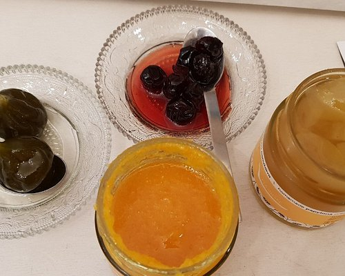 Traditional fruit preserves and marmalades in Naxion.