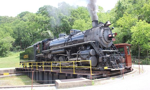 Southern 4501 Steam Engine on East Chattanooga Turntable