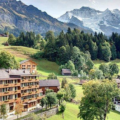 Wengen et les Alpes