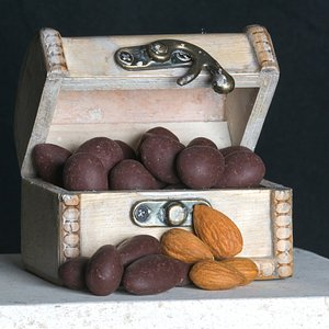 We have almonds, cashews, and pecans!
