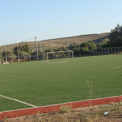 Bozcaada 20 Eylül Futbol Sahası 6