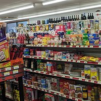 This photo might give you a sense of the time of foods and items offered at Harbor View Store.