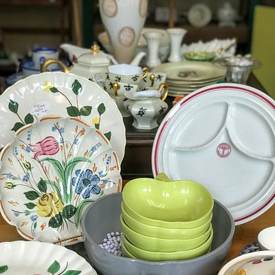 The variety of dishware from china to Fiestaware is impressive. and very affordable. Great place to do some Christmas shopping.