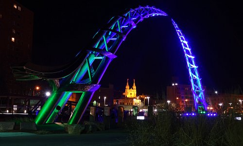 Arc of Dreams in blue'green