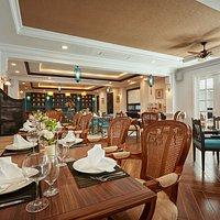 Nhà hàng với không gian Pháp sang trọng và tinh tế