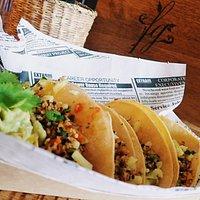 Tacos Tricolor