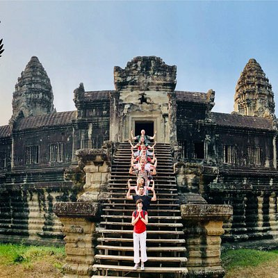 Angkor Wat Group Tour
