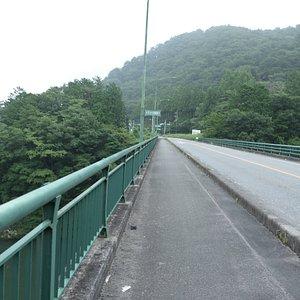 鬼怒川に掛かる新大瀞橋