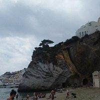Giancos tratto di spiaggia ghiaiosa  e libera a Ponza