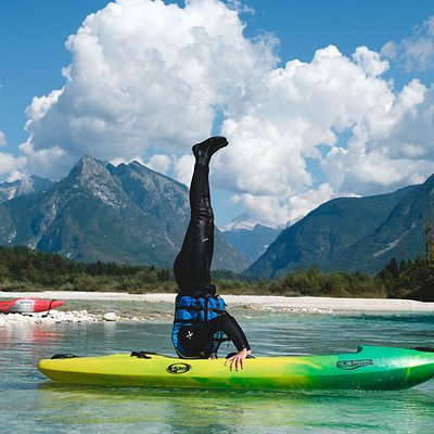 Yoga a bit different #kayak #sitontop #socariver #socavalley #soca #slovenia #rafting #whitewater #adventure