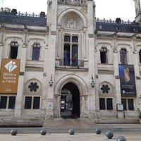 L'office de tourisme vous accueille à l'hôtel de ville d'Angoulême