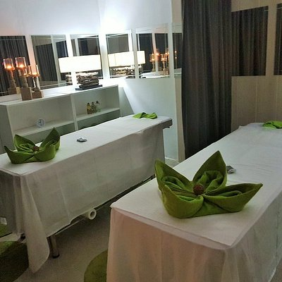 Couples massage Ibiza San Antonio / Masaje de parejas Eivissa Sant Antonio de Portmany / Relaxing massage,Deep-tissue,Sport,Thai,reflexology,lymphatic drainage / Masaje relajante,deportivo,descontracturante,tailandes,hawaiano,reflexologia,drenaje linfático