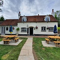 Front view of the pub.