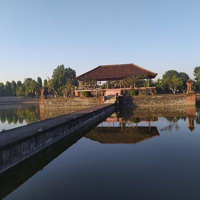 Taman Meyura Mataram Lombok Bali