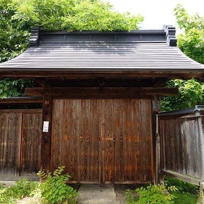 長井市・青苧蔵門