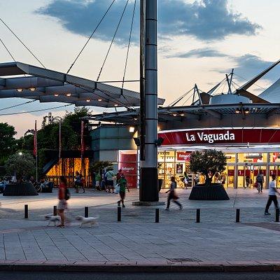 Entrada principal a La Vaguada, o Entrada de METRO por ser la más cercana a la parada de Metro Barrio del Pilar