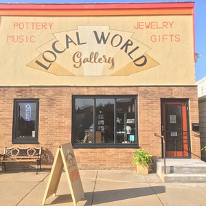 Fine Art and Gifts. All regional, original art. Wildlife and Driftless art. Jewelry, soap, lotion, silk scarves, carpet bags, glasswork, vintage guitars, amps, vinyl Open Tues thru Saturday 10-6 Sun 10-4;30
