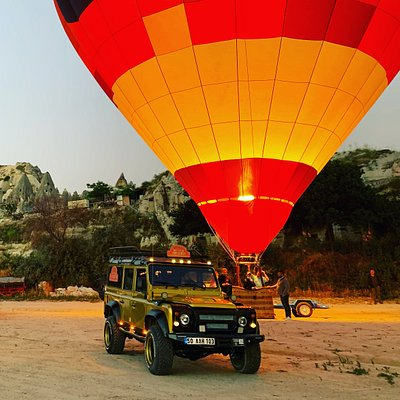 Balloon & jeep safari