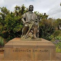 Standbeeld Colombo