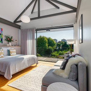 Is this the best room with a view in Porto ? We've been told it just might be. Come and find out ?