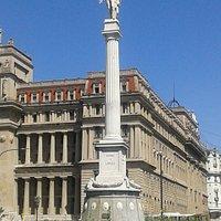 Monumento al General Juan Lavalle: Frente al Palacio de Tribunales, Barrio San Nicolàs- Ciudad de Bs.As.- Argentina 2020.
