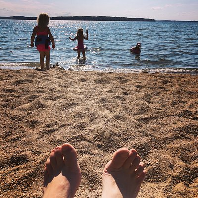 Kalmarinranta is the best beach in the southern Finland. The 700 meters long sandy and shallow beach is perfect place to visit with kids too.