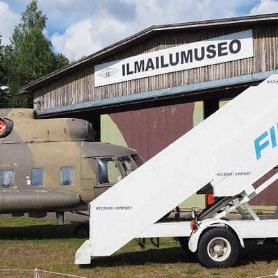 The Päijät-Häme Aviation Museum is located at Vesivehmaa airfield in Asikkala.