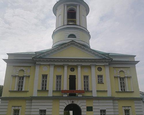 Надвратная церковь Дмитрия, митрополита Ростовского.