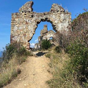 Rovina antica chiesa