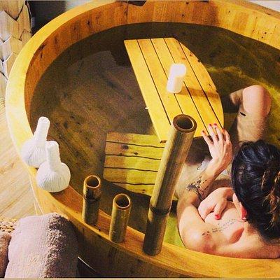 Bagni in vasca di ginepro