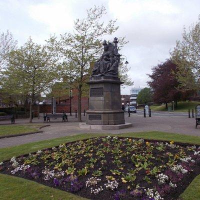 Statue Of Queen Victoria, St. Helens