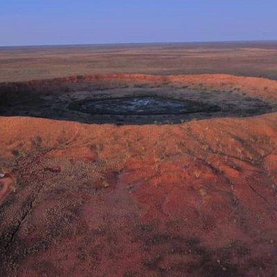 Wolfe Creek Crater, Tanami Rd.  Halls Creek