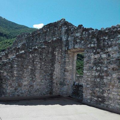 Castello di Laviano