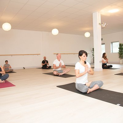 Social Distancing in place throughout the studio and for all classes