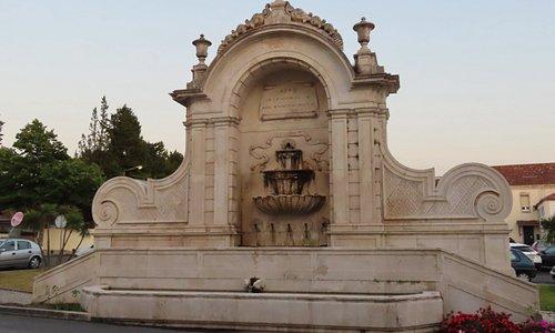 Fontänen Chafariz das Cinco Bicas i Caldas da Rainha i Portugal. Foto av Micke Rehn.