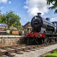 Oakworth Station - Keighley & Worth Valley Railway
