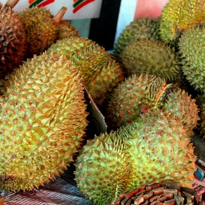 Durian is the king of fruits. Interesting and unusual taste, but in the next 10-15 minutes)))