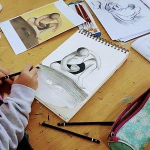 des cours de dessin et de peinture tous niveaux et tous âges à Rabat