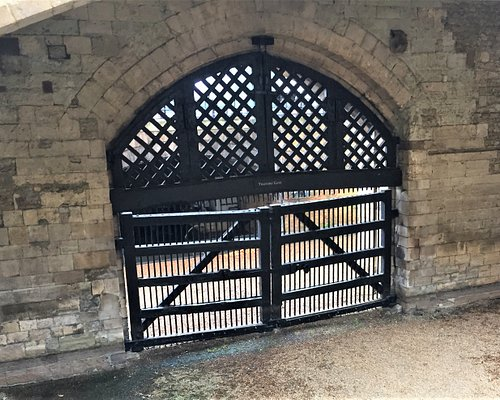 4.  Traitors' Gate, Tower of London