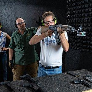 AK-47 shooting at RANGER Prague