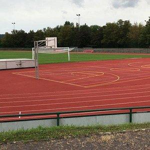 Stadion des Friedens - futbalový štadión