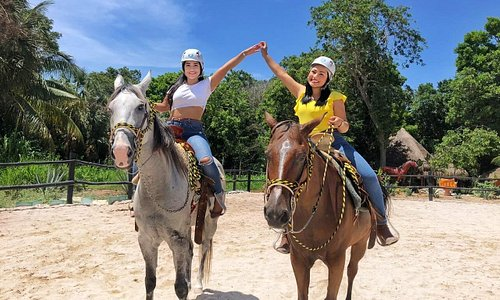 Horseback riding tour Bonanza Ranch