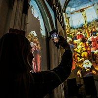 Lights on Van Eyck - unique digital experience
