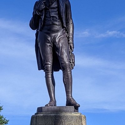 Robert Tannahill Statue