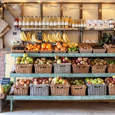 Fresh fruit & veg in the farmhop