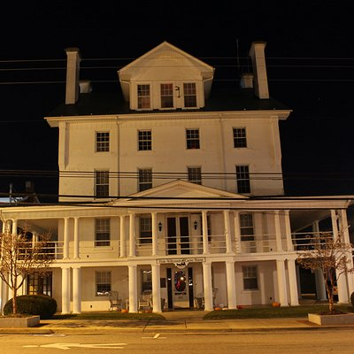 The Historic Hale Wilkinson Carter Home in downtown Hillsville, Virginia